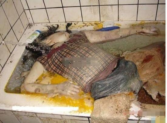 【慎入】浴室少女二十天,浴室自殺二十天噁心圖片及自殺真相