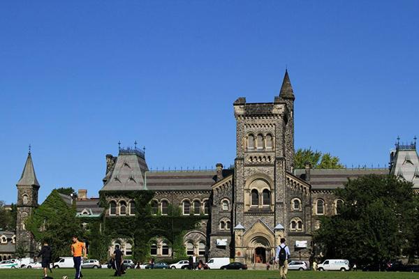 加拿大十大名校世界排名