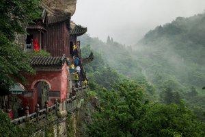 湖北省十大名山排行榜:武當山第一,神農架在榜