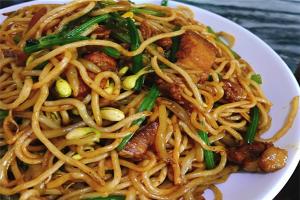 昆明十大小吃快餐店排行榜:麗緣花椒雞上榜,二老甜白酒第七