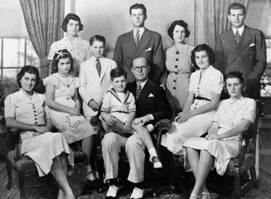 掌控政治的美國四大家族:多人被暗殺後輩吸毒墮落