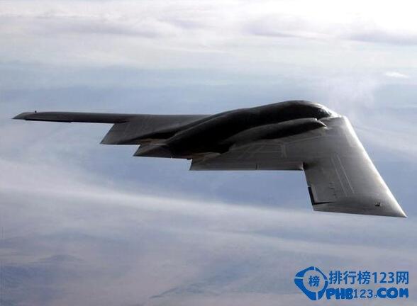 善攻者,動於九天之上!各國都在爭相發展空間軍事防備能力,TOP10排行榜網為大家進行了2021世界前十轟炸機排行。