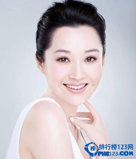 許晴,1988考入北京電影學院表演系本科。