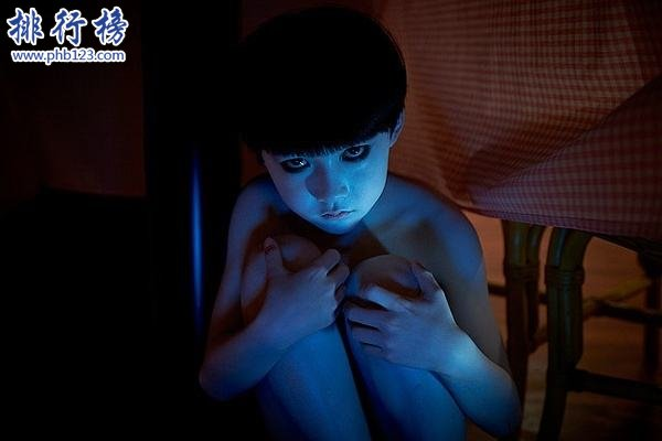 日本十大恐怖片排行榜 日本8000人被午夜凶鈴嚇出精神病