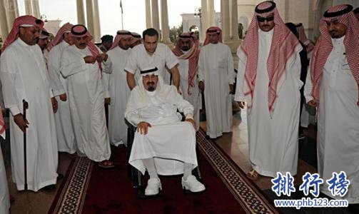 世界家族財富排行榜:沙特皇室1.4萬億美元僅排第二
