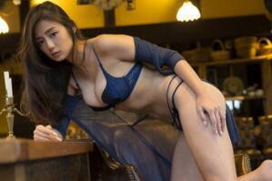 日本最美胸部TOP1:G奶女星片山萌美(請自備紙巾)