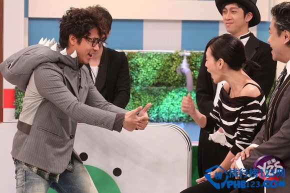 台灣綜藝節目主持人收入排行榜