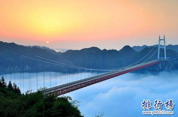 中國最美的10條公路 自駕風景最美的高速公路